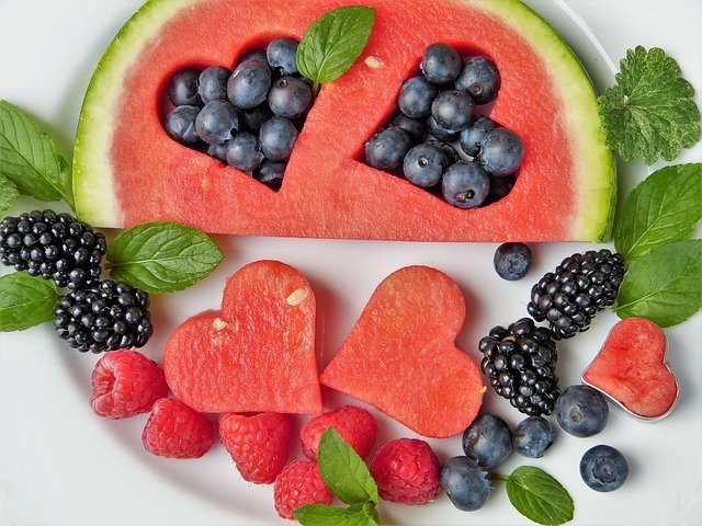 Frutas con forma de corazón.